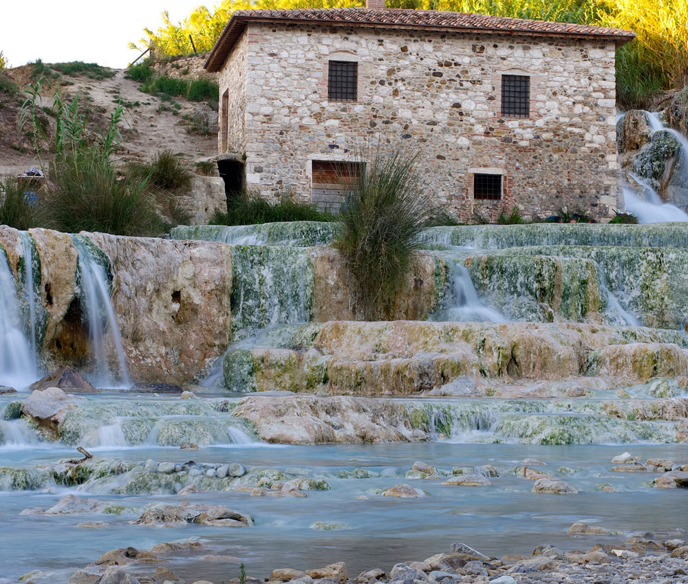 farmhouse tuscany hot-water springs​